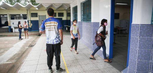 Prefeitura autoriza nomeação de 2.690 candidatos aprovados em concurso para profissionais de educação