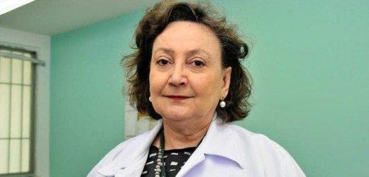 'Vamos ser vacinados e vamos continuar tendo que usar máscaras', diz pesquisadora da Fiocruz