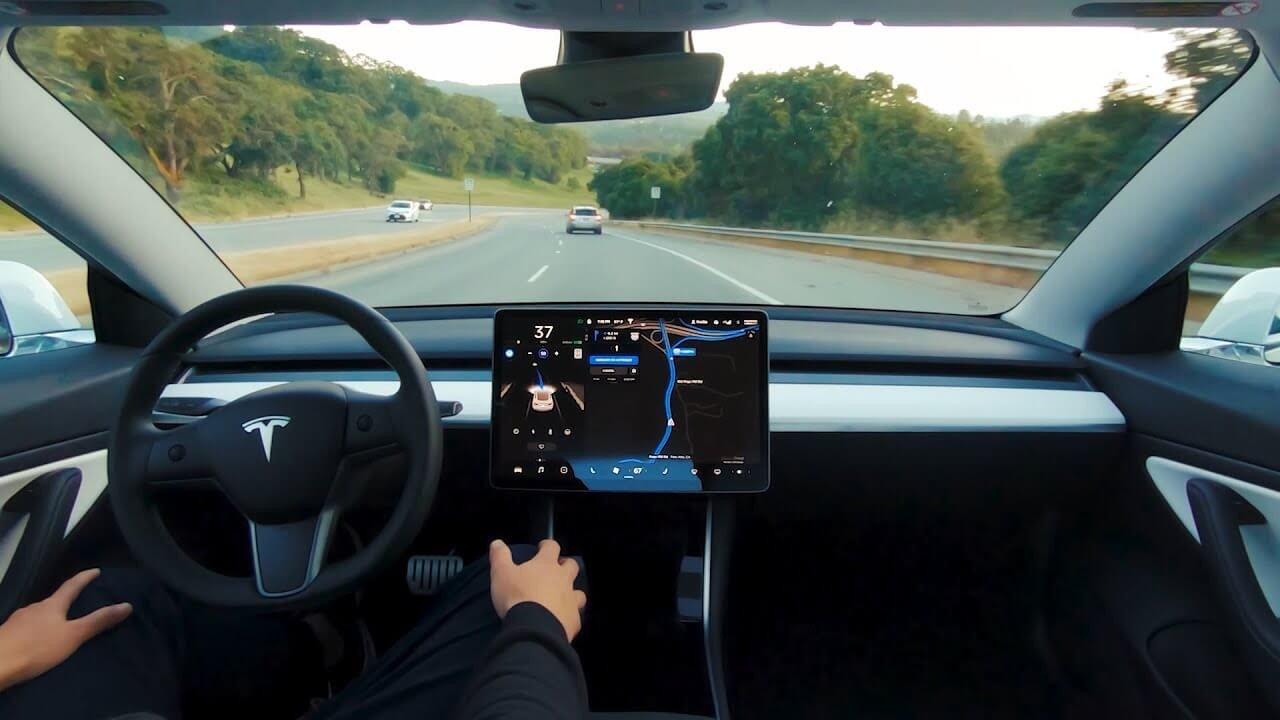 Tesla Autopilot Pode Ser Enganado Para Funcionar Sem Ninguém Ao Volante