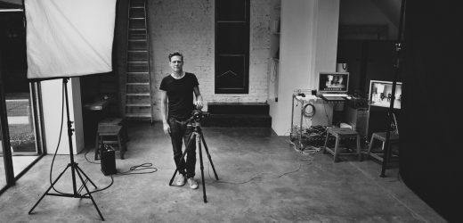 O Calendário Pirelli retorna, Bryan Adams fotografará a edição de 2022