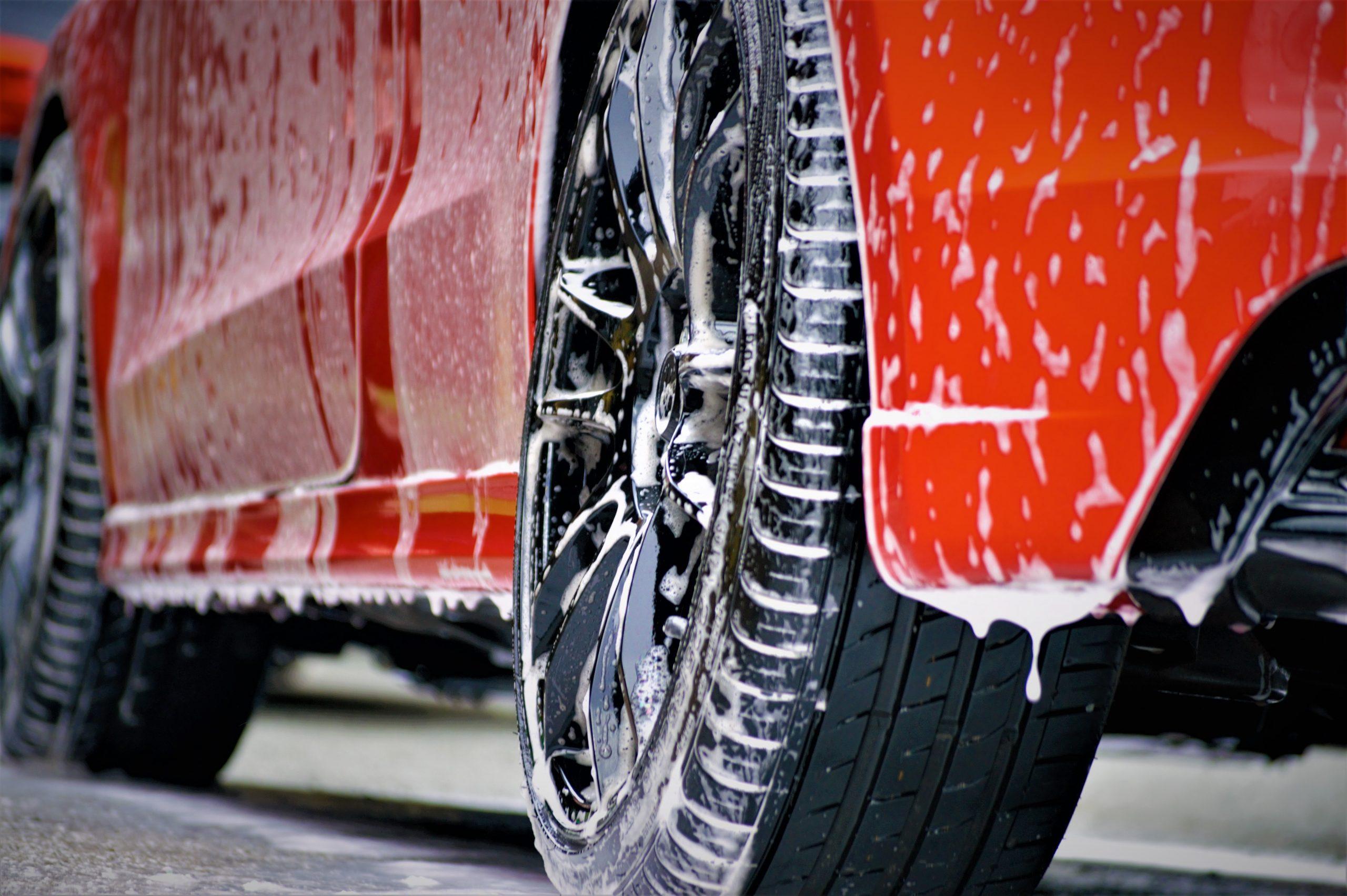 Não Cometa Estes Erros Na Hora De Limpar O Carro (Os Prejuízos Podem Ser Altos)